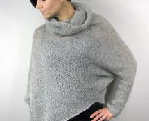 """opisowo - asymetryczny sweter """"chmurka"""""""