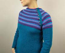sweter etno z raglanem