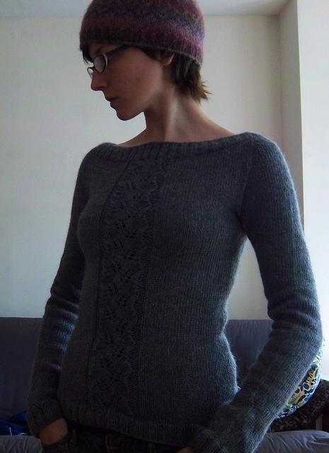 Begonia sweter na drutach