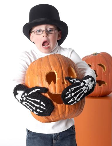 wzory do dziergania rękawiczki halloween