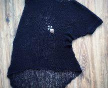 asymetryczna tunika dziergana na dużych drutach w stylu Morph Knitwear - dark fashion