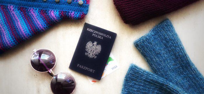 Jak ubrać się na podróż wykorzystując ręcznie dzierganą odzież?